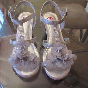 Gianni Bini Dressy Sandal shoe